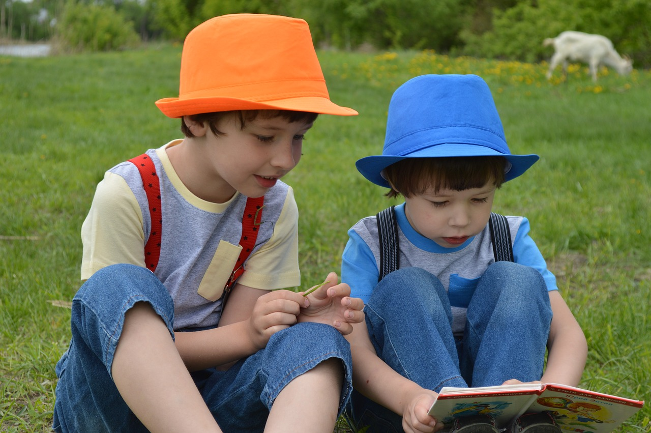 What Kids Love About Summer: Summer Reading (Said No One Ever) and Other Language-Promoting Tips You'll Love!